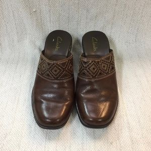 CLARKS brown Leather cutout mules/slides